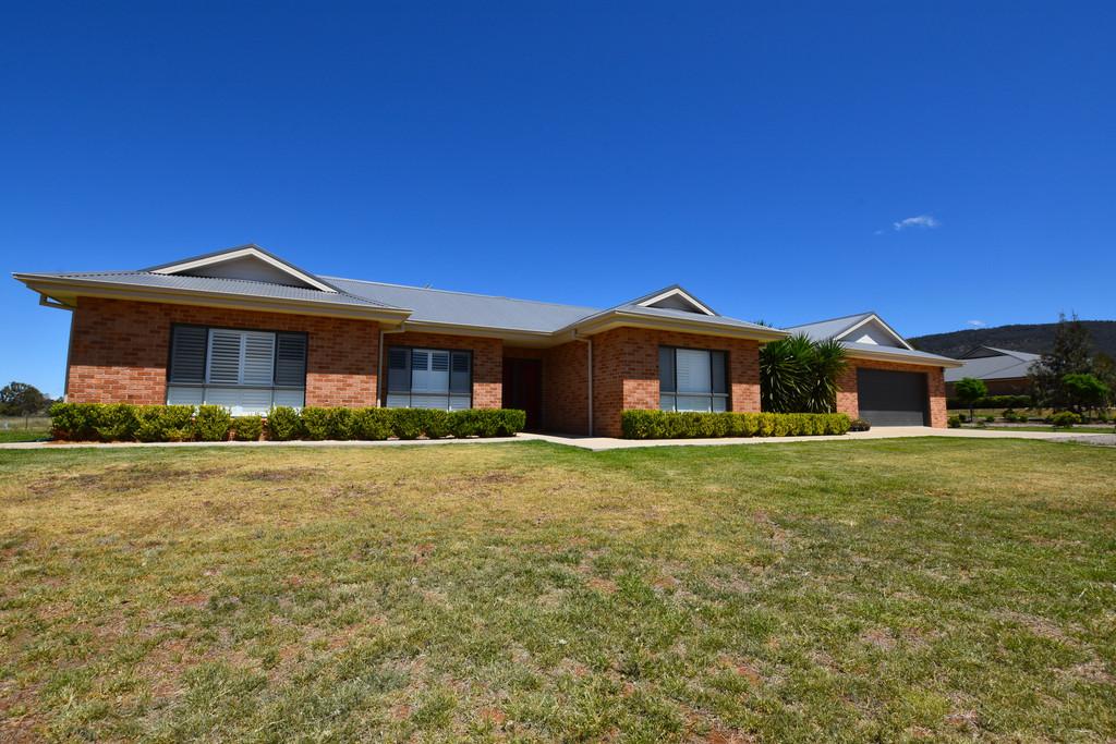59 Kerry Elizabeth Drive, Gunnedah, NSW, 2380 - Image 1