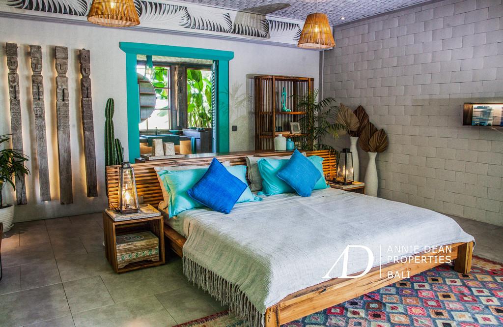 5 BEDROOM LEASEHOLD VILLA WITH AMAZING PADDI VIEWS