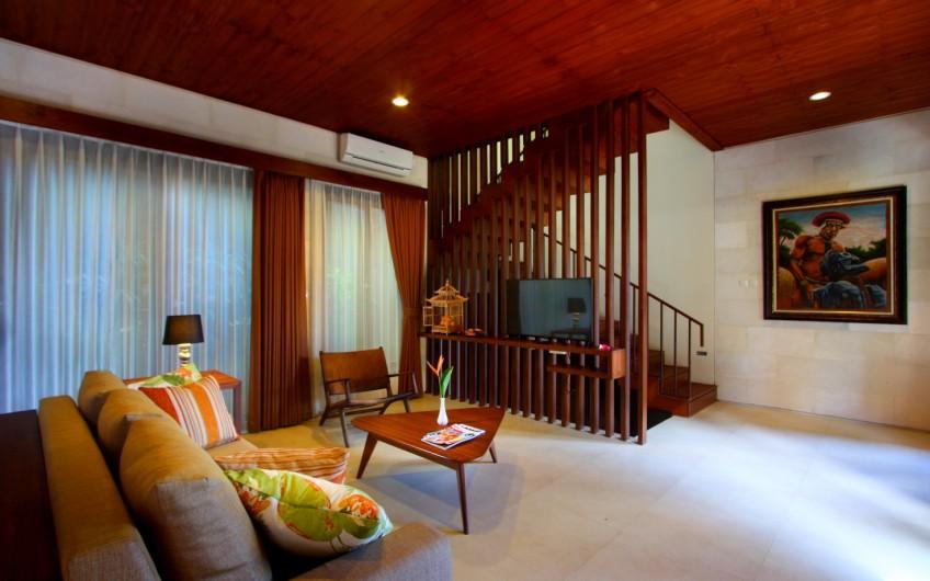 MODERN DESIGN 3 BEDROOM VILLA IN CANGGU