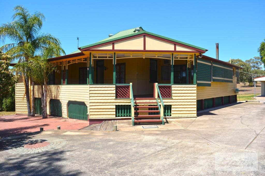 36 Warner Street, Rosenthal Heights, QLD, 4370 - Image 1