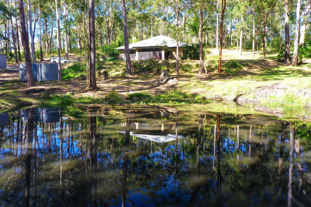 CHARLOTTE BAY 96a Coomba Road
