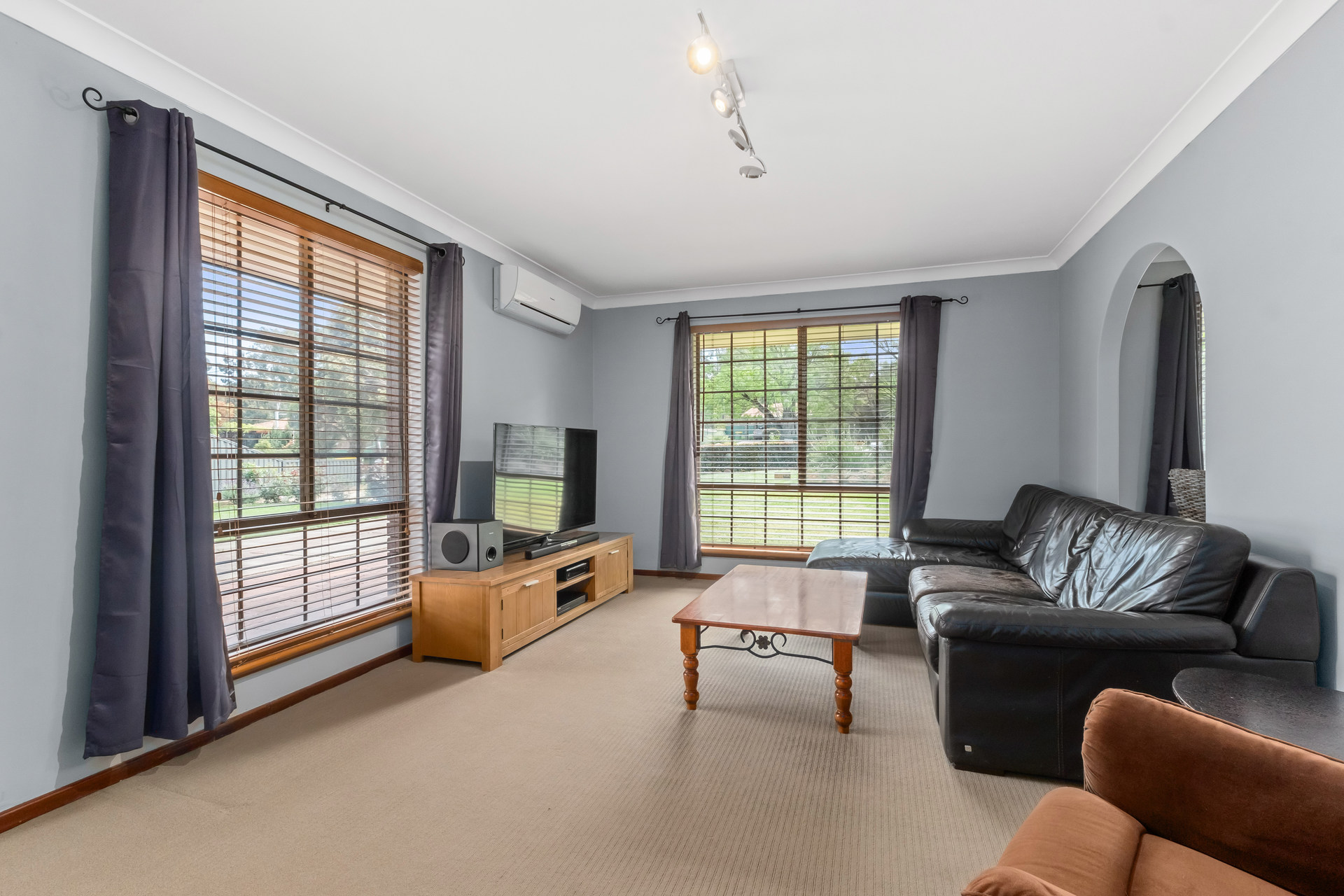 Property for sale in LESMURDIE